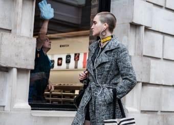how to dress like a londoner stroll
